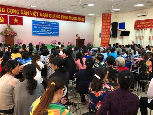 Huyen Binh Chanh: Hon 150 hoi vien tham gia Ngay Phu nu va phap luat