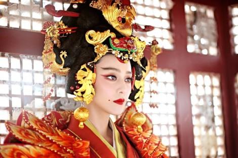 Điện ảnh Hollywood hướng về châu Á: Từ tham vọng đến nhún nhường