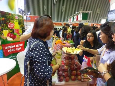 Thưởng thức nhiều món ăn độc đáo do đầu bếp Michelin Michel Louws sáng tạo tại Vietnam FoodExpo 2018