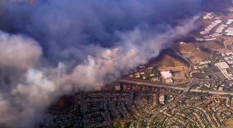 Làng giải trí Mỹ chung tay xoa dịu hậu quả từ vụ cháy rừng thảm khốc