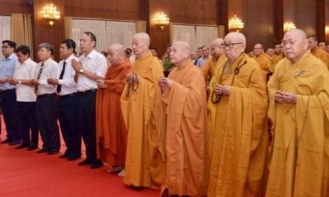Hơn 1.000 tăng ni, Phật tử cầu siêu cho nạn nhân tử vong do tai nạn giao thông