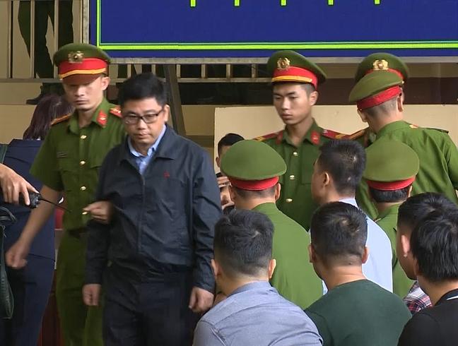 Nguyen Van Duong thua nhan chuyen so tien 'khung' cho hai cuu tuong cong an