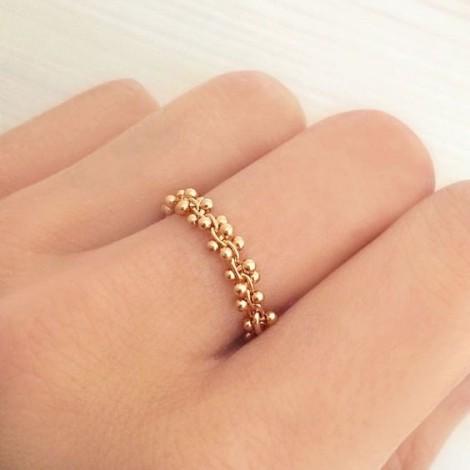 Cách đeo nhẫn độc đáo làm đẹp đôi tay ngà