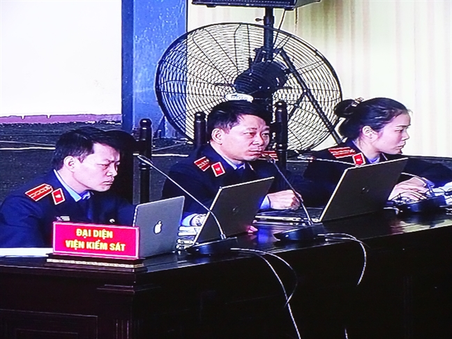 Ong Phan Van Vinh va Phan Sao Nam cung bi de nghi 7 nam tu