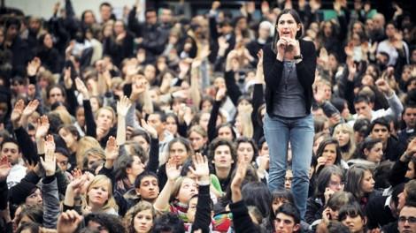 Học phí tăng gấp 15 lần -  nhiều giấc mơ du học Pháp phải khép lại?