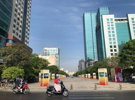 Chưa có quyết định chính thức, xe vẫn bị cấm vào đường Nguyễn Huệ tối cuối tuần