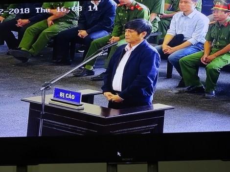 Cựu Cục trưởng C50 thừa nhận phạm tội do 'đầu quá nhỏ mà tham vọng quá lớn'