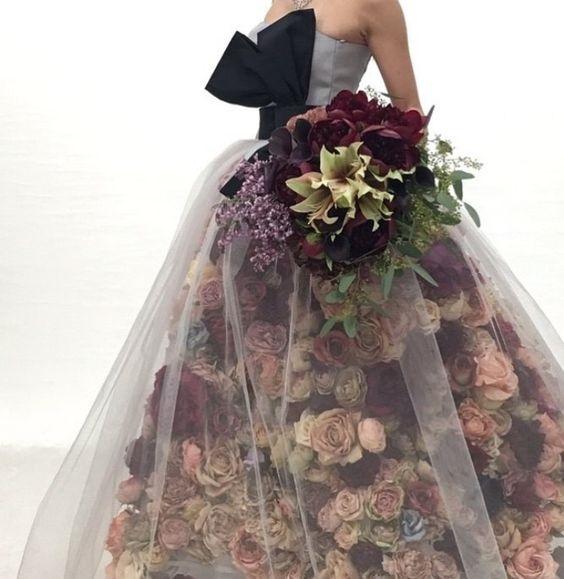 Lang nguoi ngam nhung chiec vay cuoi hoa xinh nhu mong