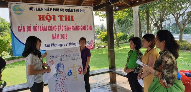 Quan Tan Phu: Hoi thi kien thuc ve cong tac binh dang gioi