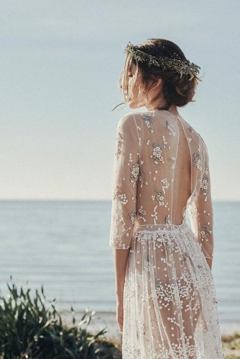 Lặng người ngắm những chiếc váy cưới hoa xinh như mộng