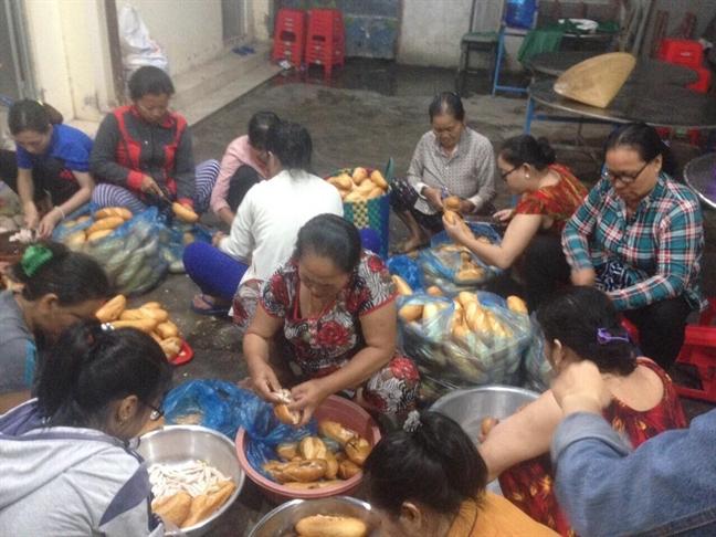 Bao so 9: Vung Tau, Binh Thuan tau chim, cay nga; duong sat te liet tu Khanh Hoa di TP.HCM