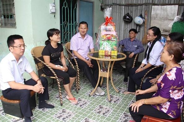 Huyen Binh Chanh: Chia se kho khan voi nan nhan bi tai nan giao thong