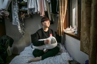 Những phụ nữ quyết phá bỏ lối mòn 'sắc đẹp thẩm mỹ' ở Hàn Quốc