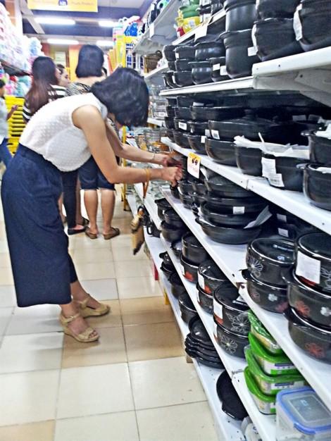 Doanh nghiệp Việt oằn mình trước làn sóng xâm lấn của hàng Trung Quốc