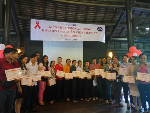 Trung tam CTXH Anh Duong: Gat hai nhieu thanh tich trong linh vuc phong, chong HIV/AIDS