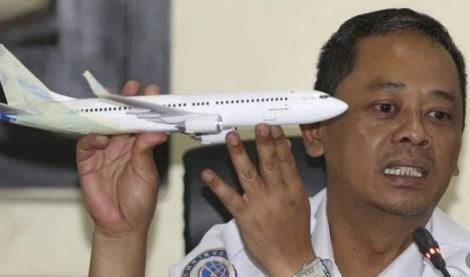 Vụ rơi máy bay Indonesia: Làm rõ chuyện máy bay 'không bay được' trước khi cất cánh