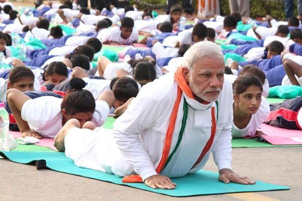 Thu tuong An Do mang 'ngoai giao yoga' den G20