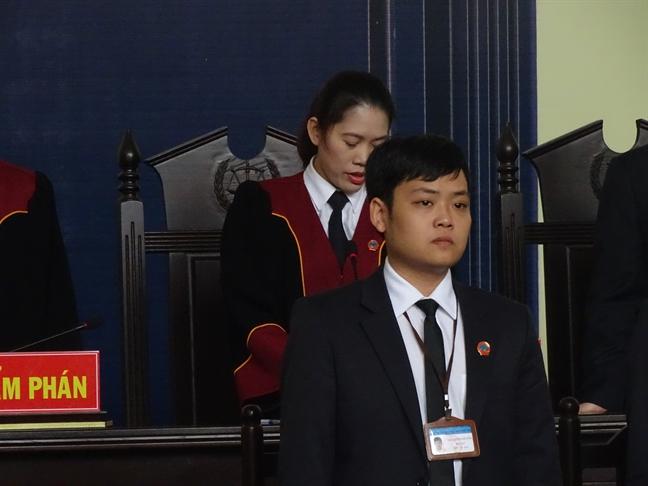 Cuu trung tuong Phan Van Vinh bi tuyen an 9 nam tu