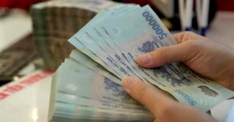 Ngân hàng rục rịch tăng lãi suất, doanh nghiệp 'chới với'