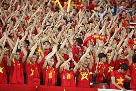 Ban ket luot di Viet Nam - Philippines: thang 2-1, Viet Nam dat mot chan vao chung ket AFF Cup