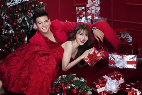 Những mẫu váy rực rỡ cho nàng trẩy hội mùa giáng sinh