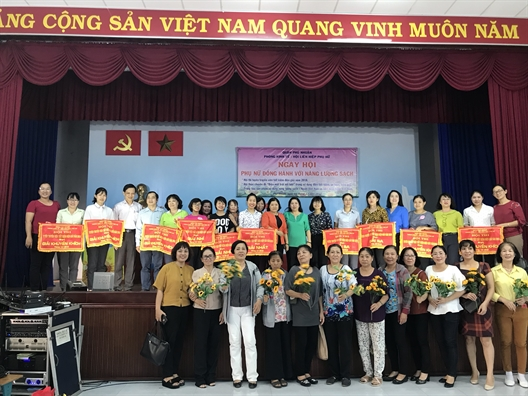 Phu nu Phu Nhuan dong hanh voi nang luong sach