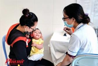 Bộ Y tế dời tiêm vắc xin ComBE Five sang tháng 12, liệu có hẹn thêm lần nữa?
