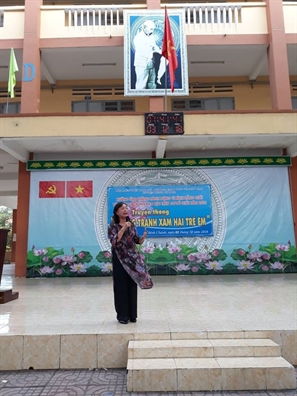 Huyen Binh Chanh: Hon 1.000 hoc sinh duoc trang bi kien thuc phong tranh xam hai