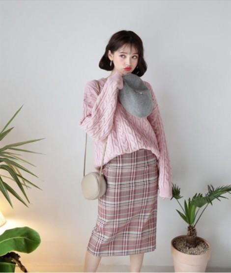 5 kiểu áo len cứ mùa đông chị em lại mang ra mặc không bao giờ lo lỗi mốt