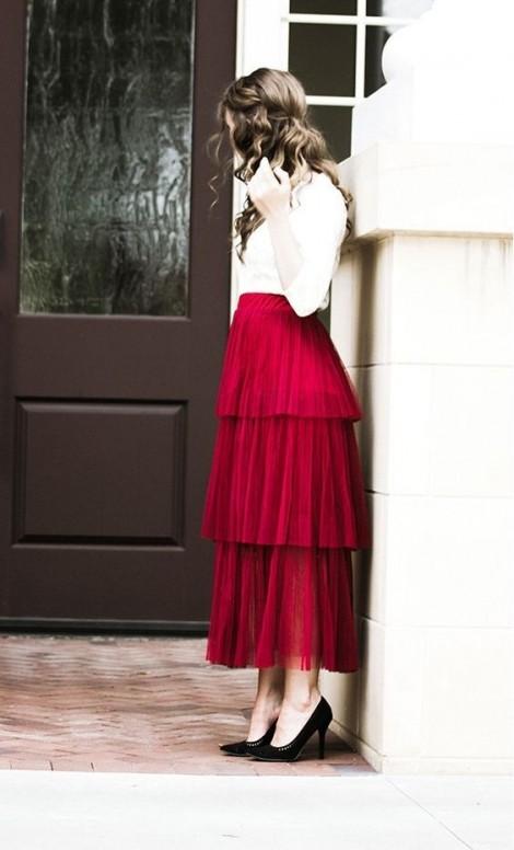 Muôn kiểu phối váy xếp tầng bồng bềnh cho nàng nữ tính