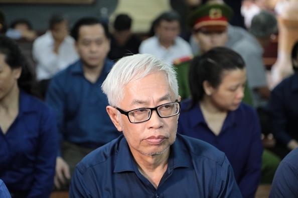 Cuu Tong giam doc Ngan hang Dong A bat khoc noi loi sau cung