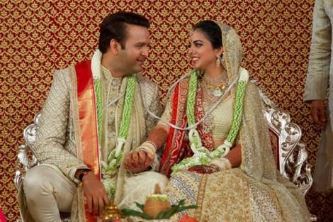 Dàn sao Bollywood góp mặt tại lễ cưới của con gái vị tỷ phú giàu nhất Ấn Độ