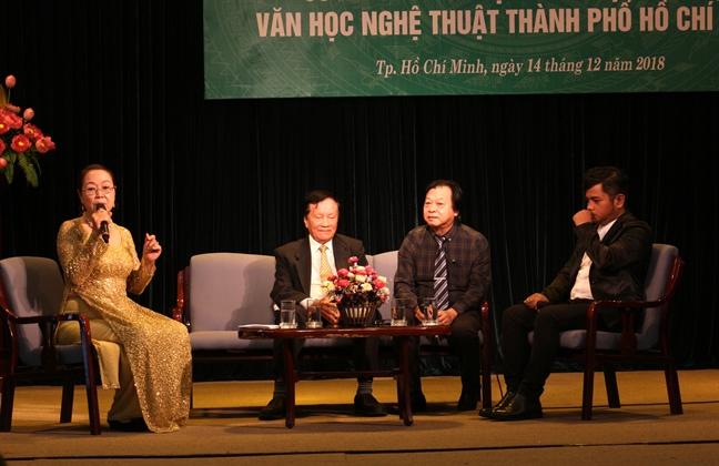 'San khau khong khan gia la san khau chet!'