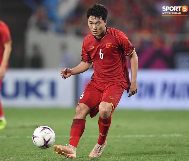 Doi hinh ra san cua Viet Nam - Malaysia tran chung ket luot ve AFF Cup 2018