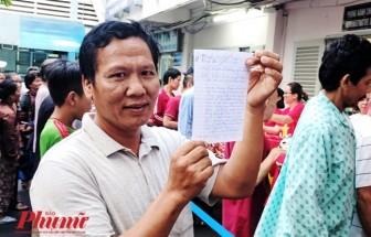 'Phát cuồng' với bài thơ người chồng cổ vũ đội tuyển Việt Nam trong lúc chăm vợ bị ung thư