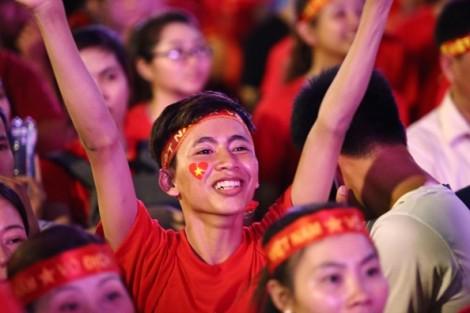 Việt Nam đêm không ngủ!