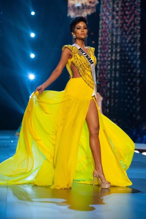 H'Hen Nie va nhung khoanh khac sang choi trong hanh trinh Miss Universe 2018