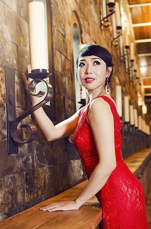Ca si Ngoc Tuyen: Mat giong hat, lam me don than va nhung ngay tu trach
