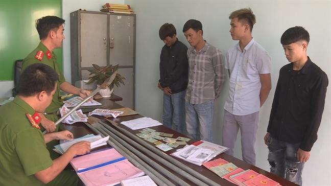 Nhom doi tuong cho hon 1.000 luot nguoi dan vay nang lai 15-20%/thang