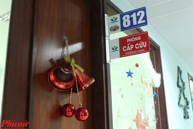 Benh nhi uoc gap cau thu Quang Hai trong ngay le Giang sinh