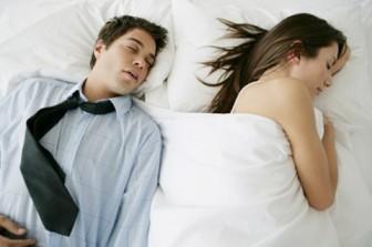 Ngại gần gũi vì chồng ở bẩn