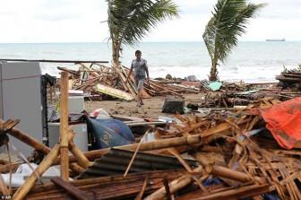 Sóng thần ở Indonesia: 'Nước cuốn trôi tất cả'