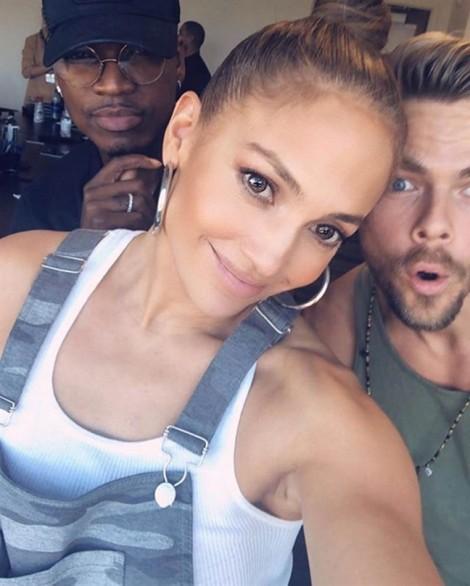 Bí mật cho vẻ đẹp khỏe khoắn căng đầy sức sống của Jennifer Lopez