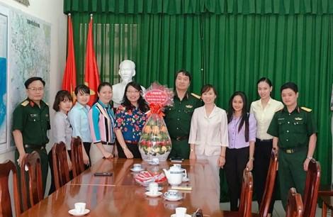 Quận Bình Thạnh: Thăm hỏi, chúc mừng các đơn vị quân đội nhân ngày 22/12