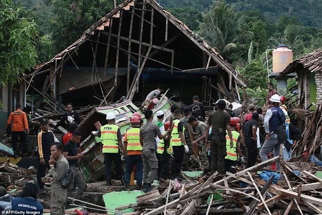 Indonesia: Canh bao song than tiep dien sau tham hoa