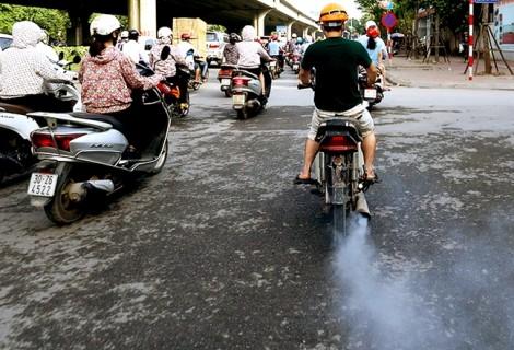 Hỗ trợ để dân đổi xe thay vì hăm he thu phí khí thải