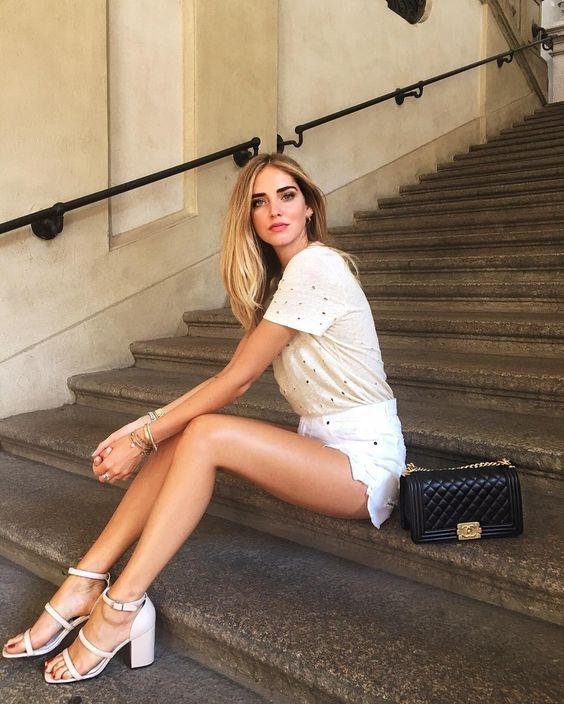 Mix do jeans linh hoat nhu blogger thoi trang Chiara Ferragni