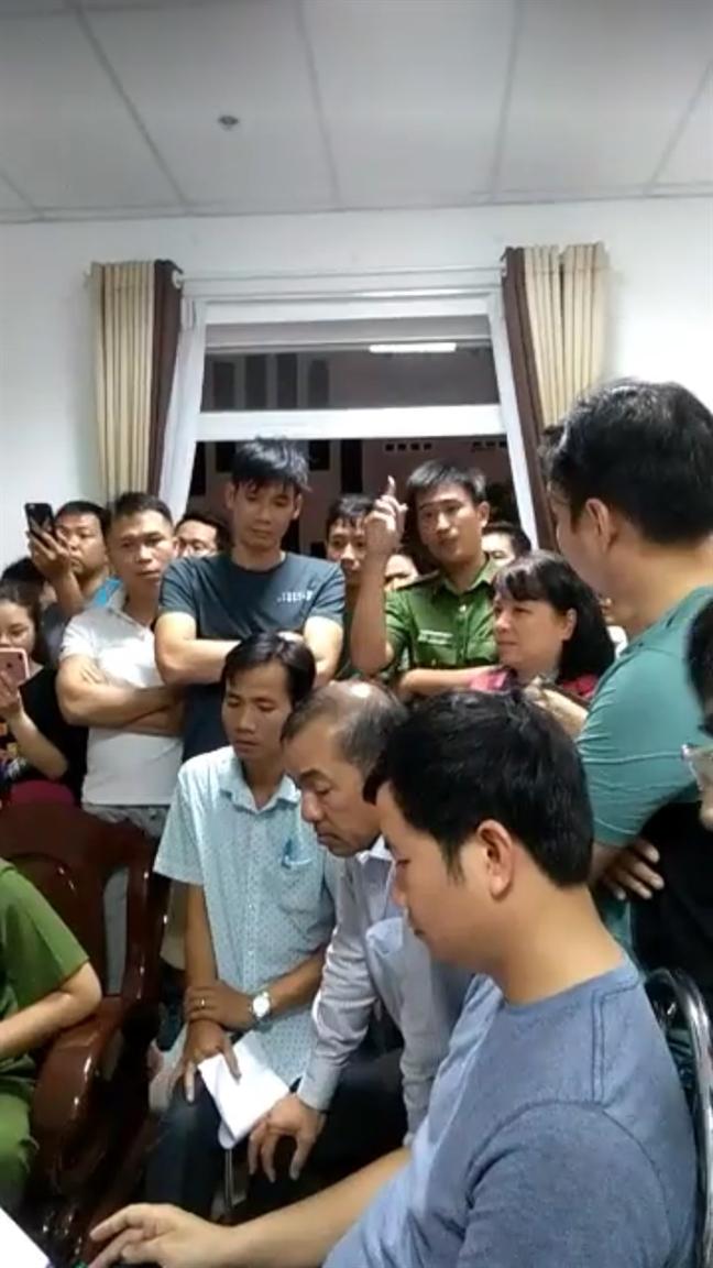 Chung cu Saigonres Plaza: Cu dan thuc trang dem vi bao ve bat ngo bien mat, camera bi thao do