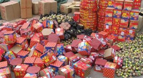 Bắt xe tải chở hơn một tấn pháo tại Quảng Trị