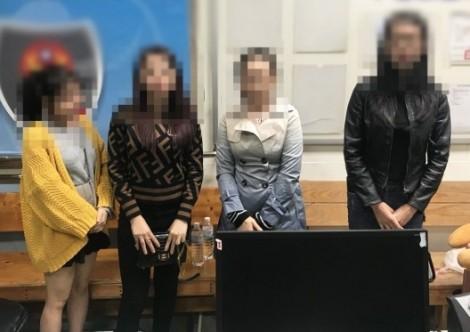Nhóm du khách Việt mua tour 'đội giá' để sang Đài Loan làm việc chui